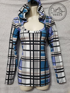 Plaid hooded scoop neck tee size medium - WB Wears