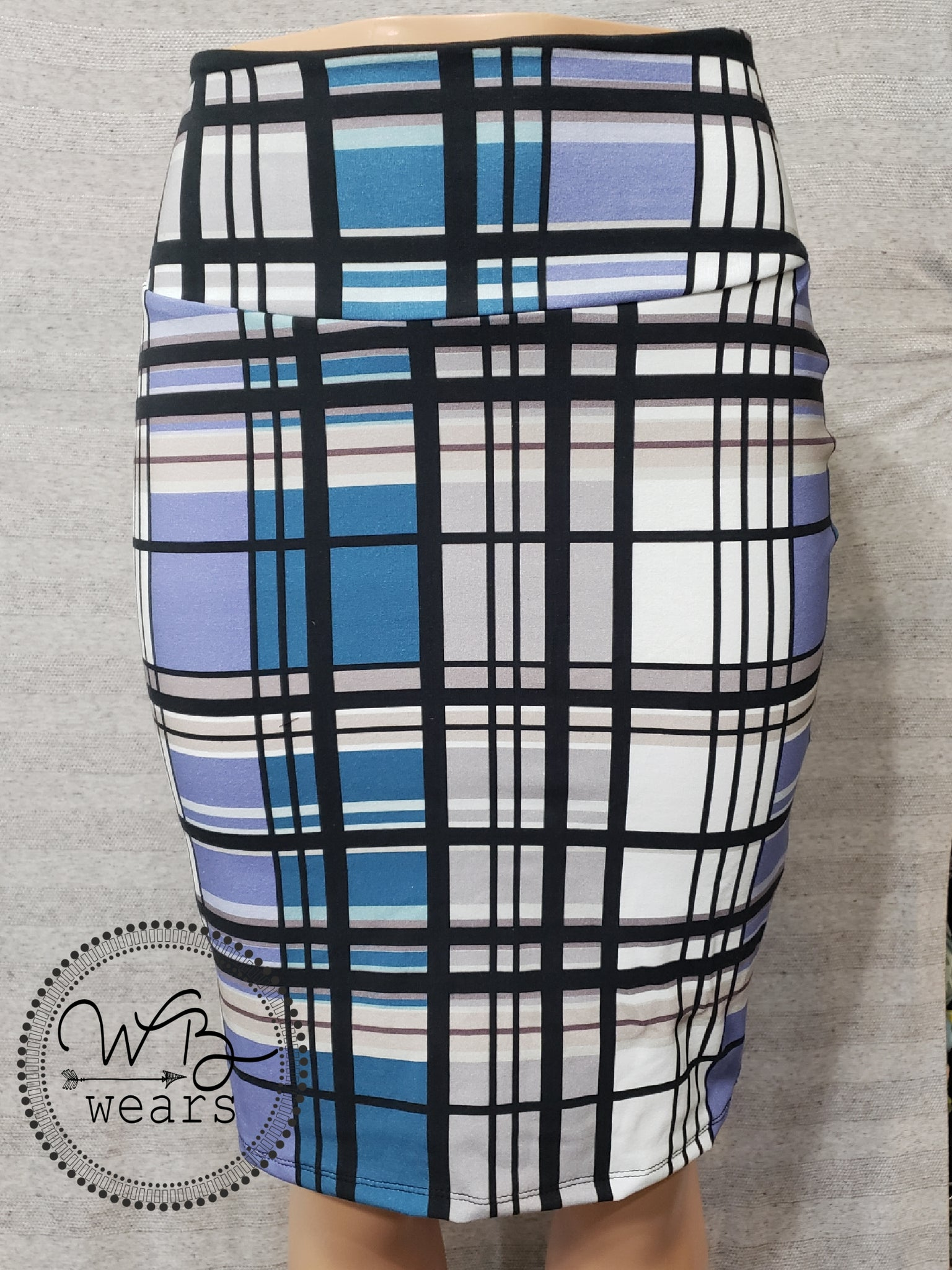 Plaid Pencil Skirt ~ Large - WB Wears
