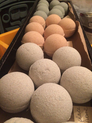 All natural bath bombs 4.5 ounces each, assorted scents see below!