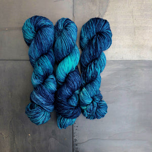 Caribbean Blue on Auntie Afghan (Worsted)