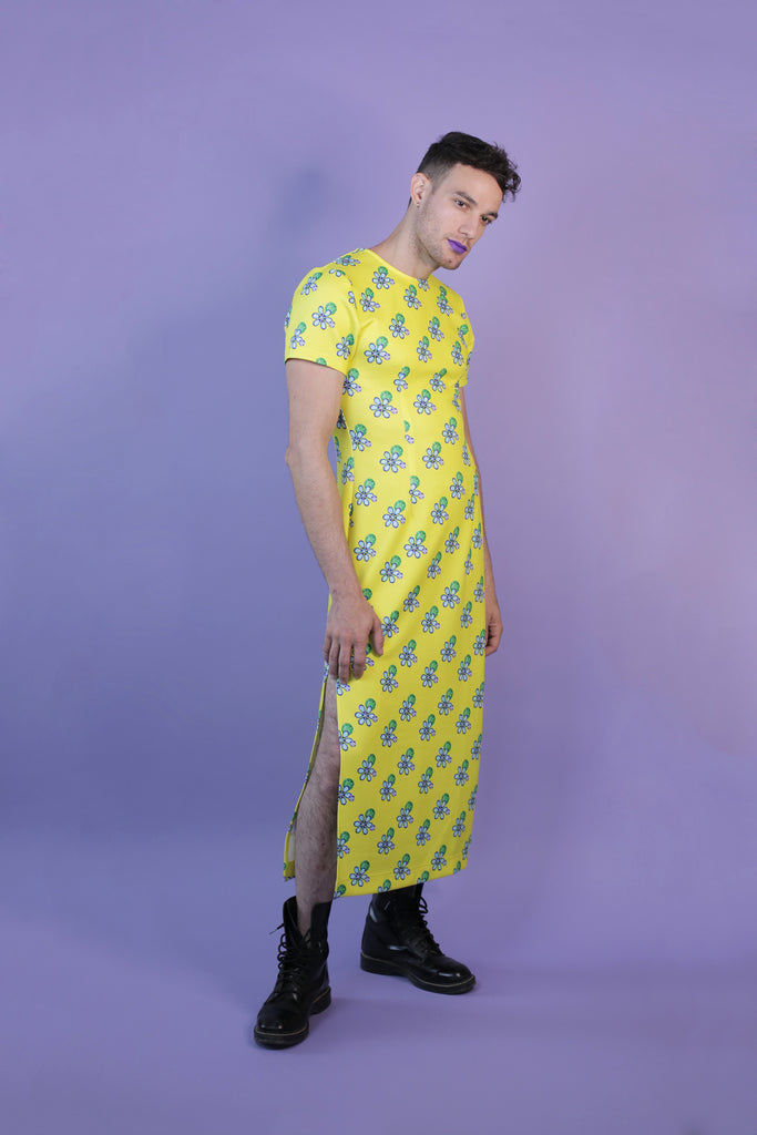 Diamond Flower Print Hayley Elsaesser T-Shirt Maxi Dress in Yellow