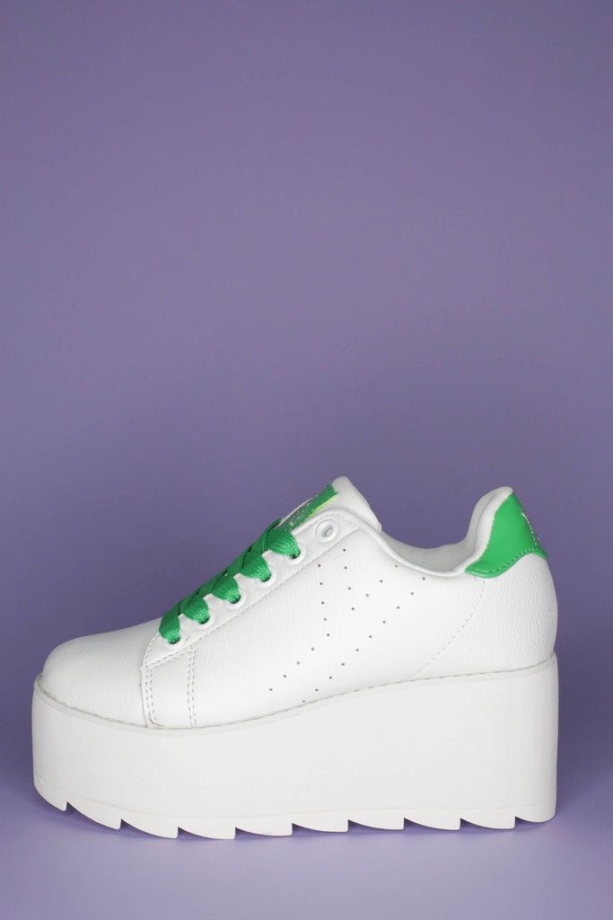 White YRU LaLa platform sneakers with green laces