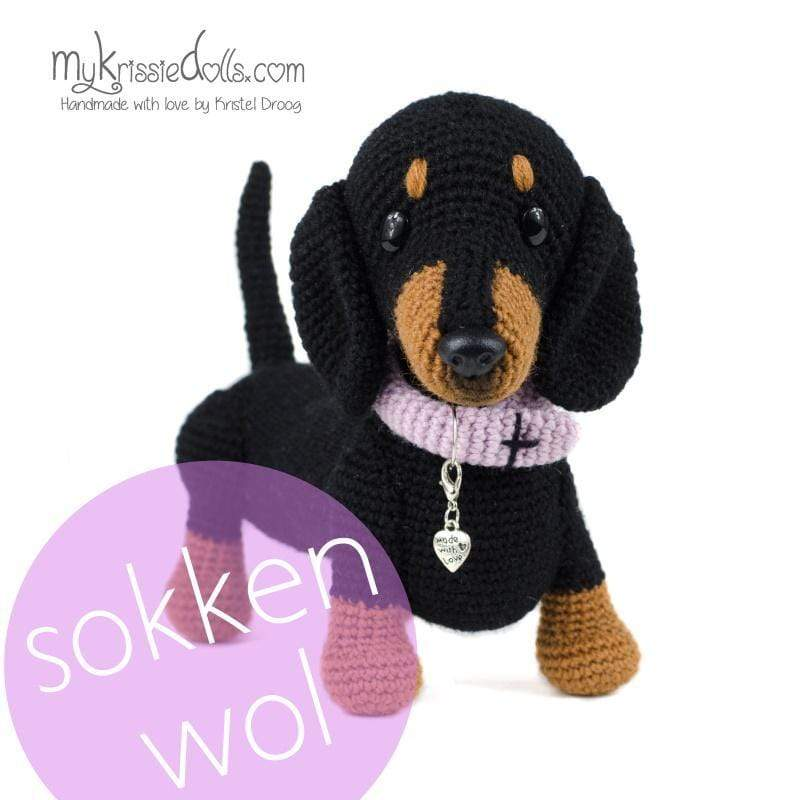 Shop MyKrissieDolls Black and Tan teckeltje 'Lin' DoggyBag Teckeltjes Fin of Lin