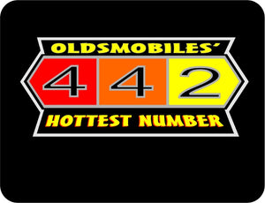Olds 442 Hottest Number graphic logo T-shirt Black Casual Ts Apparel and Souvenirs
