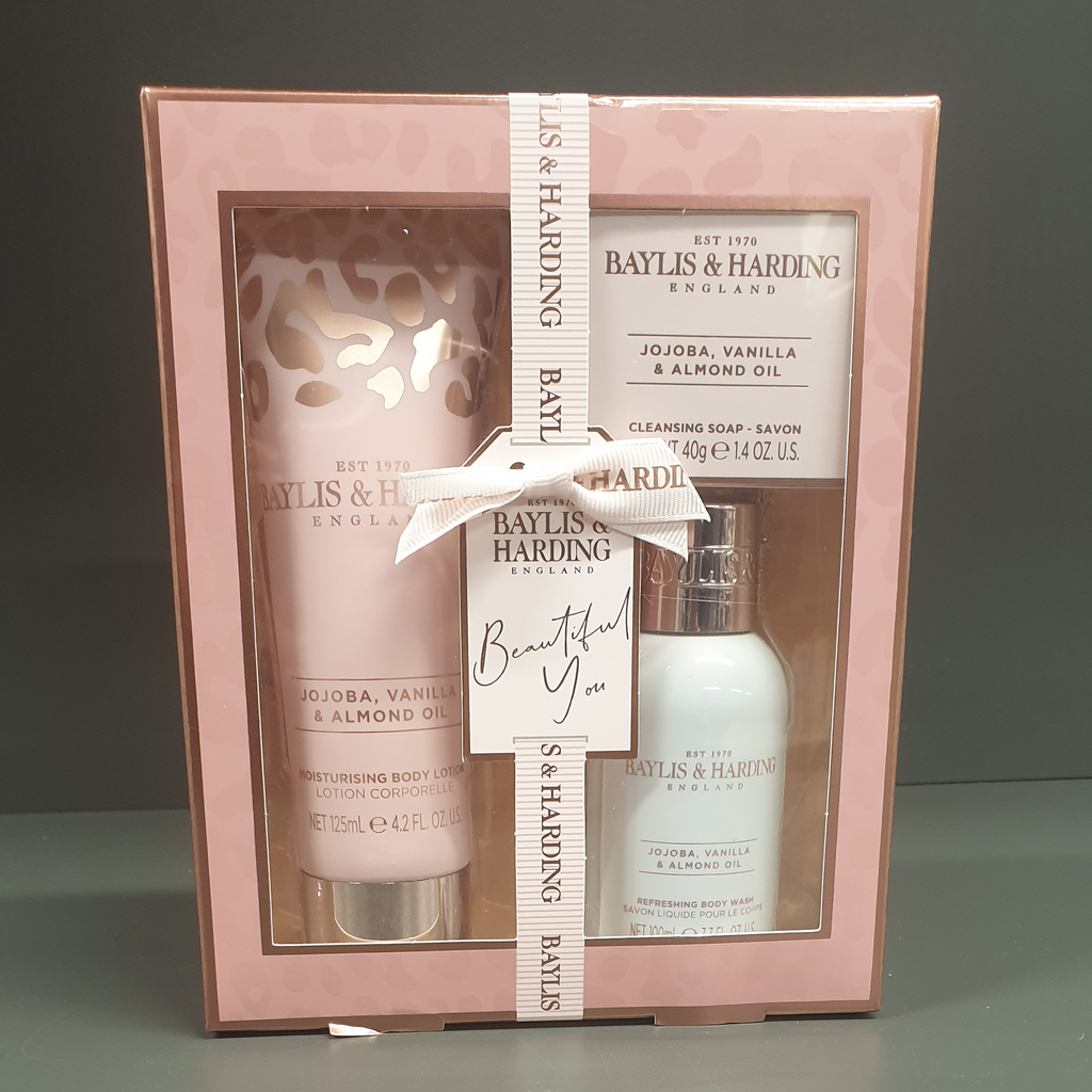 Baylis & Harding Jojoba, Vanilla & Almond Oil 3 Piece Body Set