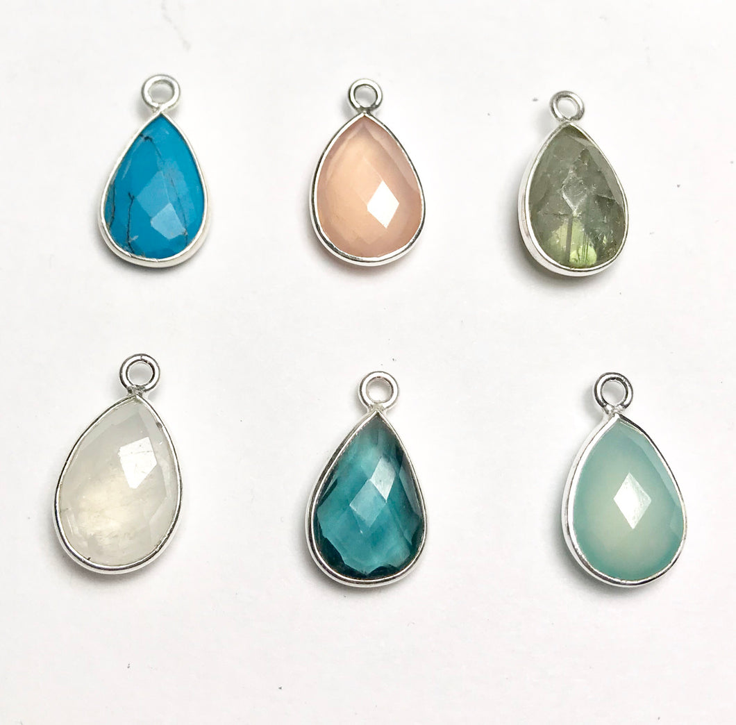 Teardrop-shaped gem