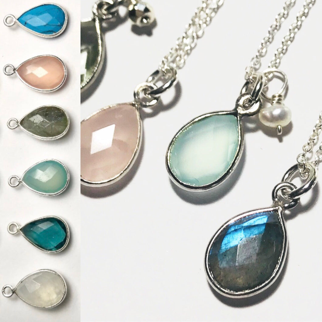 Teardrop-shape Gem Necklace