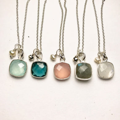 Cushion-shape Gem Necklace