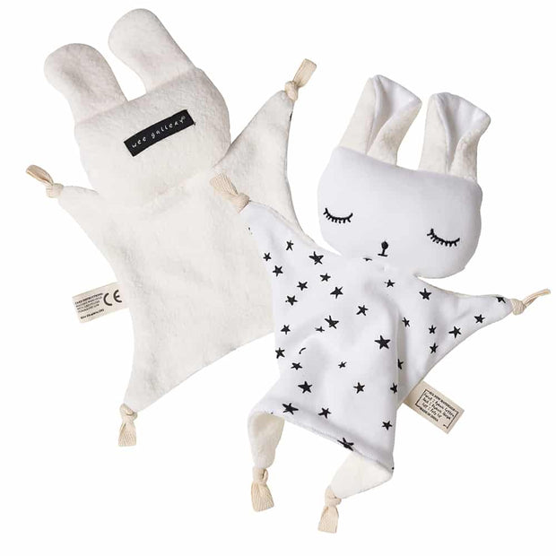 Wee Gallery Organic cotton Cuddle Bunny baby toy Stars print