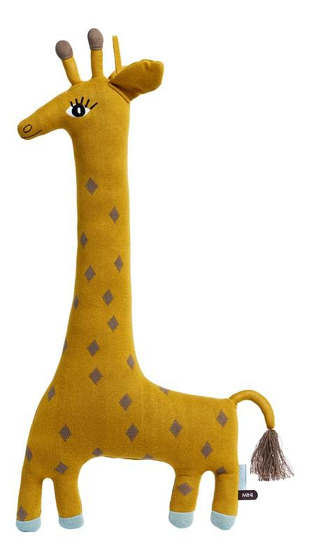 oyoy noah giraffe cushion for kids room