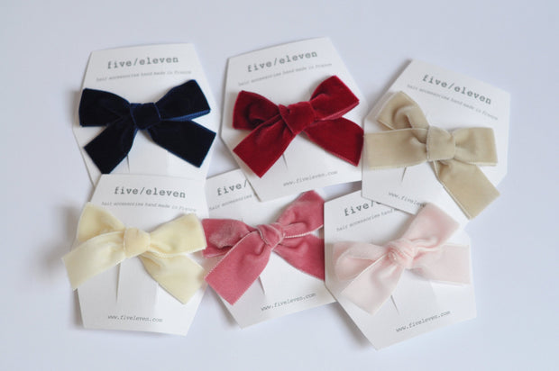 Five/Eleven Medium Velour Hair Clips - Bows