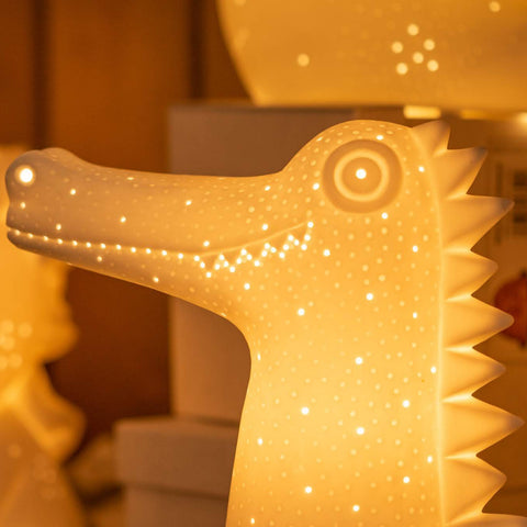 Light-Glow Crocodile Ceramic Lamp
