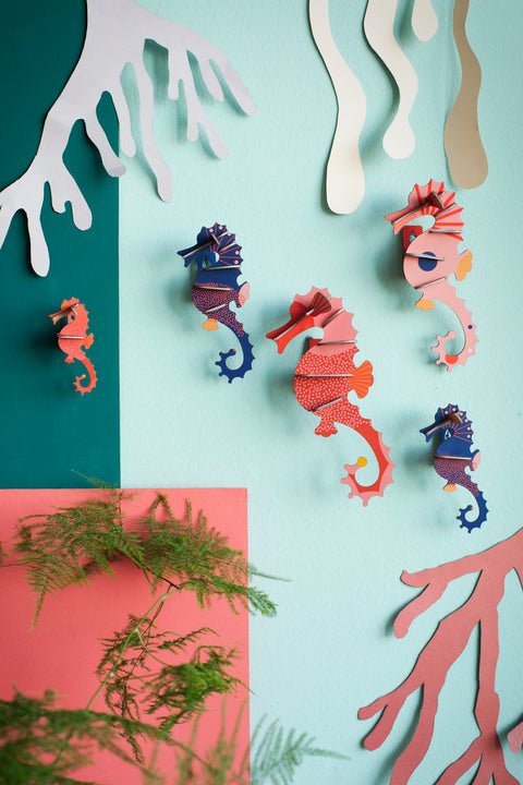 studio roof set of 5 seahorses wall decorations