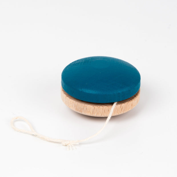Me & Mine Wooden YoYo blue