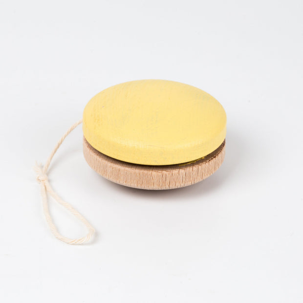 Me & Mine Wooden YoYo jaune