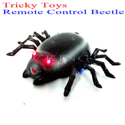 Funny Practical Joke Infrared Remote Control Spider. Toy Prank Novelty Gag Toys for Children