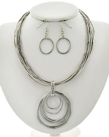 Silver Hammered Circle Necklace Set