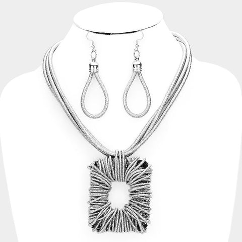 Silver Square Shimmery Necklace Set