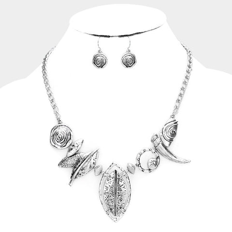 Silver Abstract Hammer Necklace Set