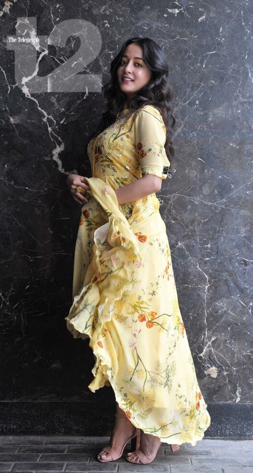 Raima Sen in Yellow Floral Hi Low Tunic
