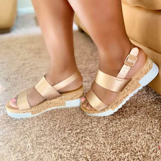 lee monet Aquaholic Platform Sandal (Rose Gold)