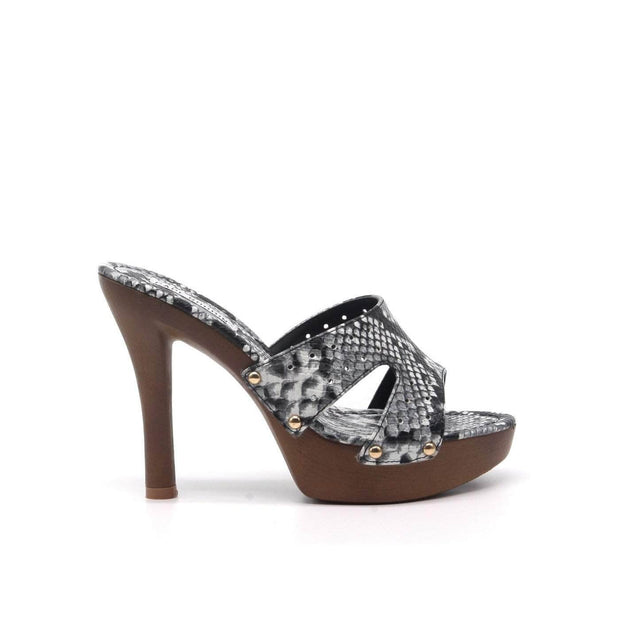 lee monet Wild Thing Mule (Snake Print)