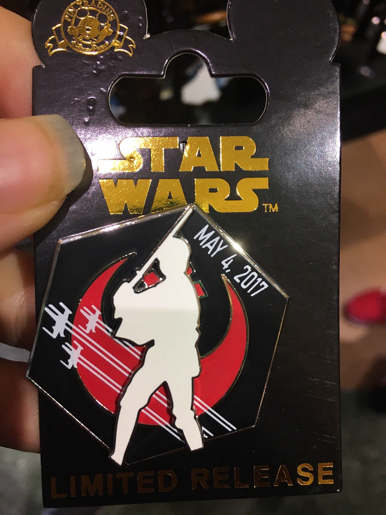 Star Wars May the 4th be with you pin Disney Parks