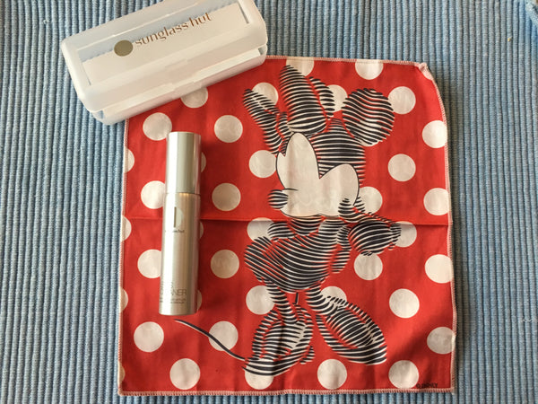 Sunglass Hut Disney Mickey OR Minnie Cleaning Kit Microfiber Cloth and Cleaner