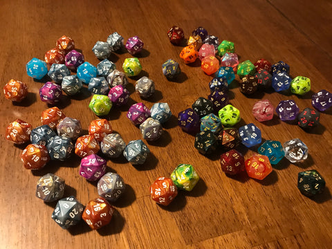Single D20 from Chessex Assorted Menagerie #7 Dice (randomly chosen)