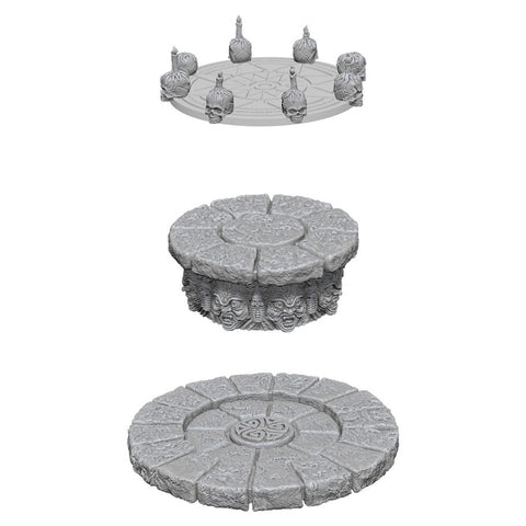 WizKids Deep Cuts Unpainted Miniatures: Magic Dias