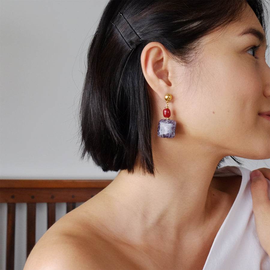 Sacha Earrings in Lilac