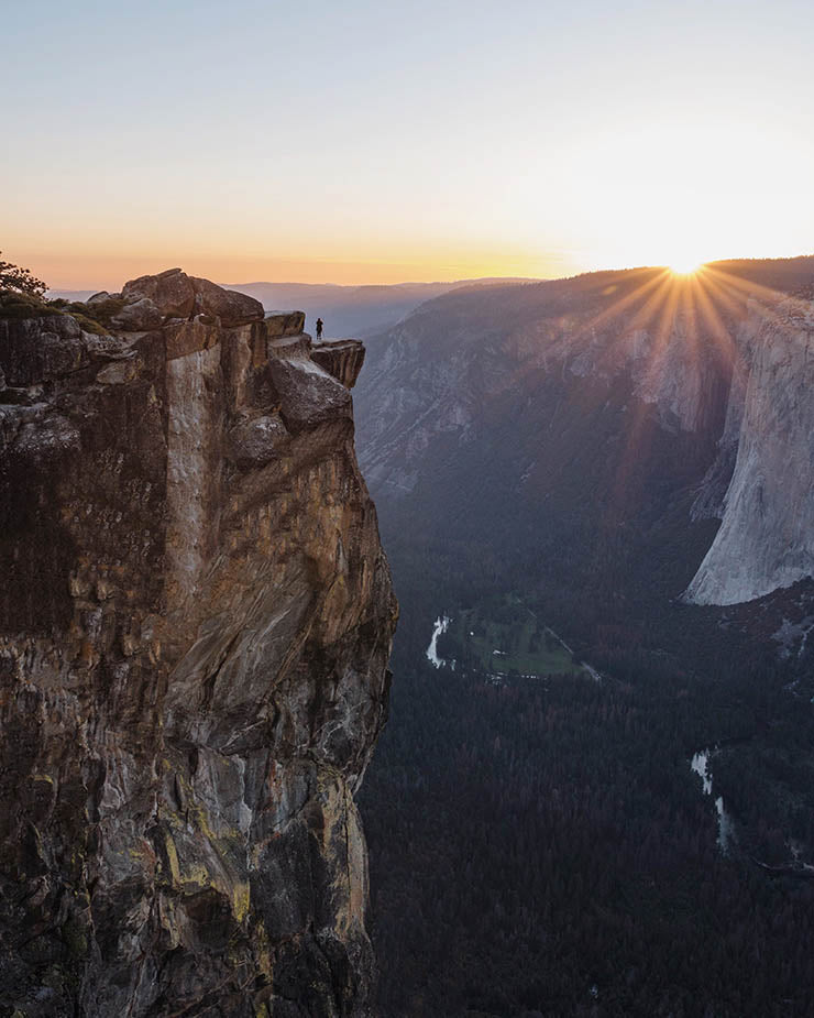 Endless Views of Yosemite Valley at Taft Point