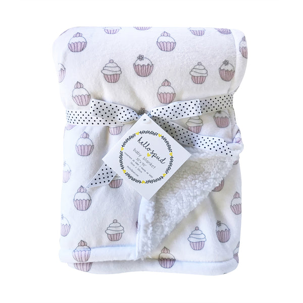 `REDUCED PRICE` Plush Blanket - Cupcakes