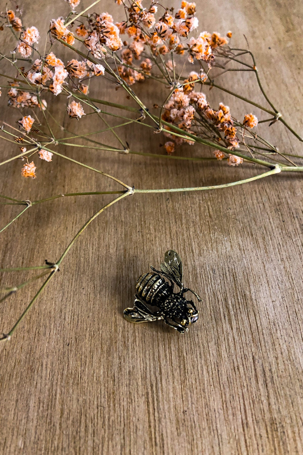Bee Broach Jewellery Ethical Sustainable Vegan Organic Australian fashion womens clothes