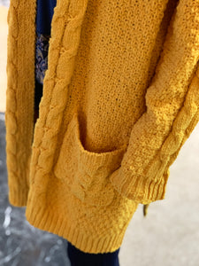 Chenille Cable Knit Cardigan (Closeup Pocket Sleeve)