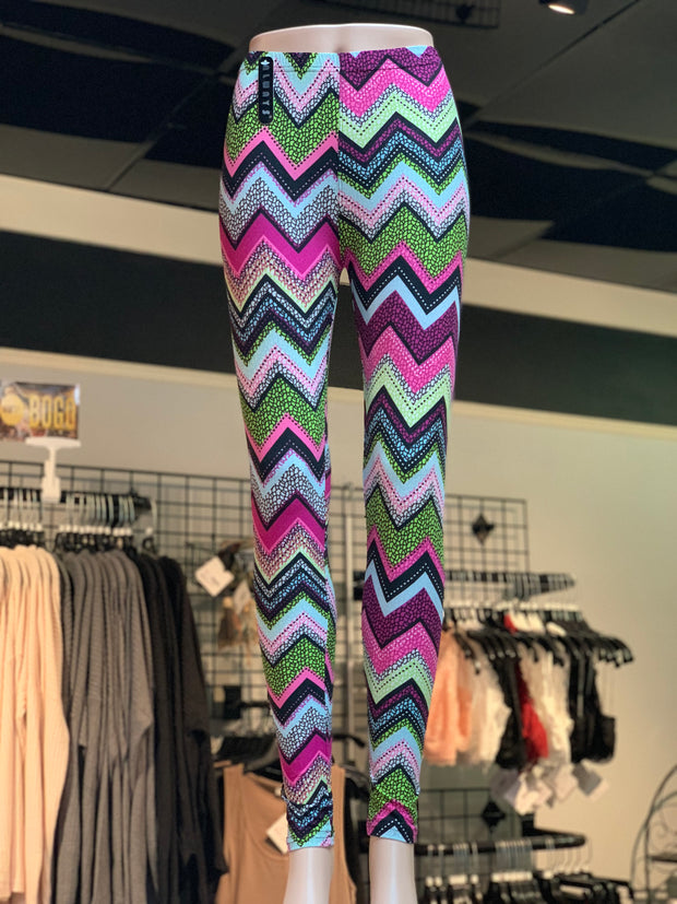 Chevron Pattern Print Leggings (Front)