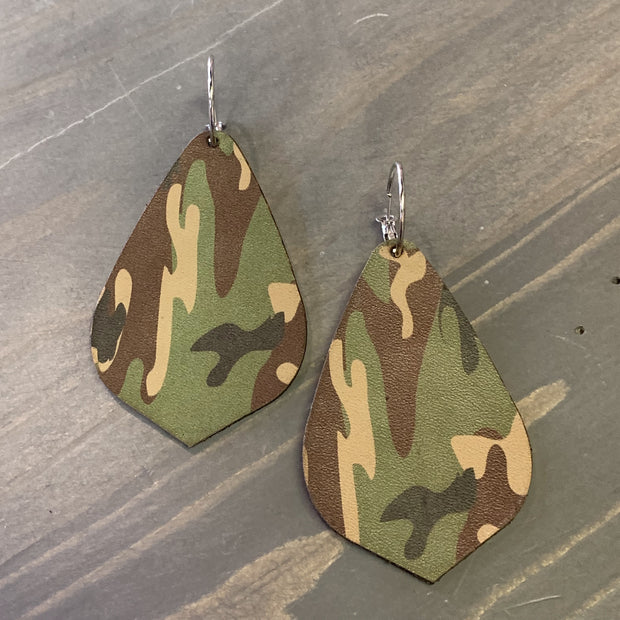 EKIG Double Layer Leaf Leather Earrings (Camo Green)