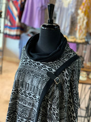 Aztec Pattern Cape (Closeup Shoulder)