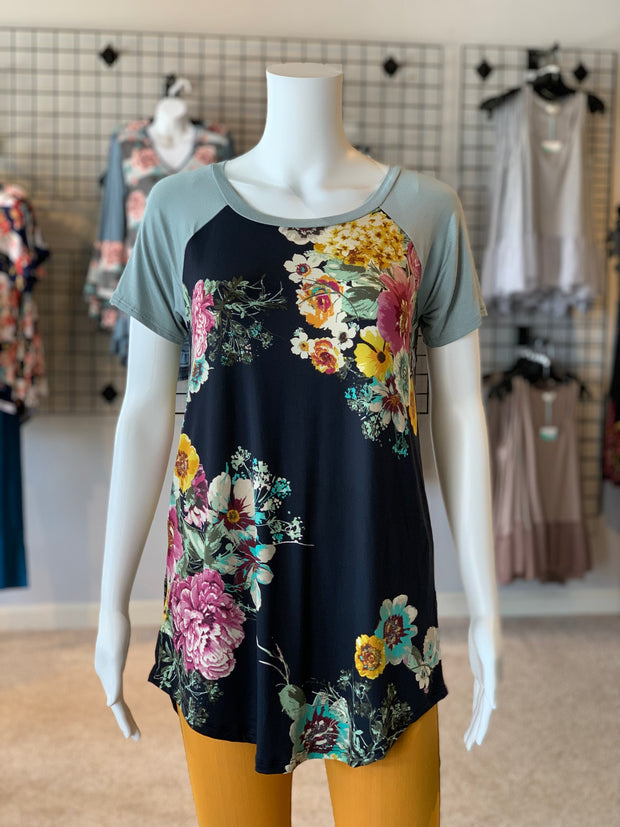 FG SS Raglan Floral Top (Front)