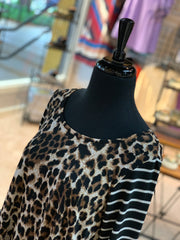 JB 3/4 Leopard Striped Sleeve Pocket Dress (Closeup)