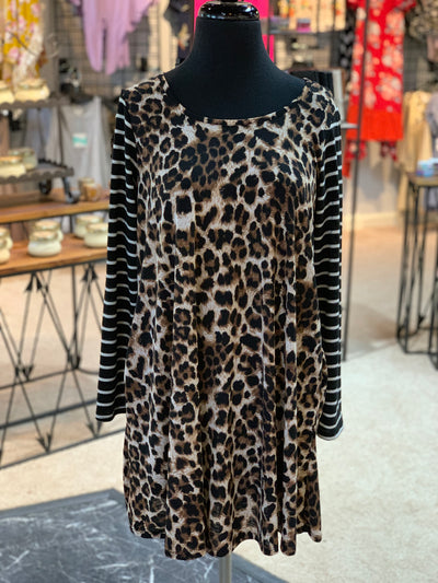 JB 3/4 Leopard Striped Sleeve Pocket Dress (Front)