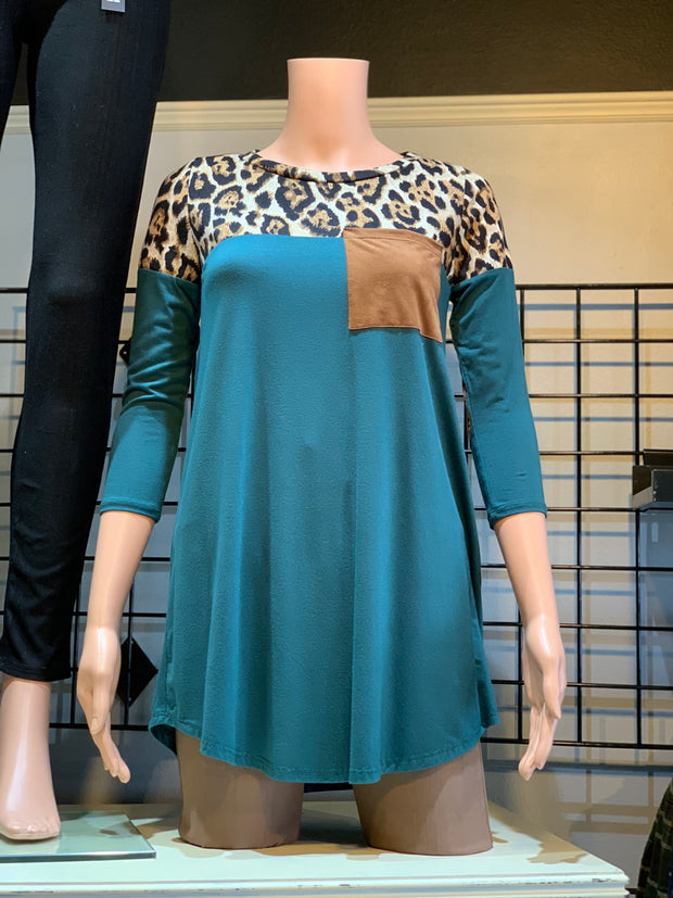 Animal Contrast Elbow Patch Top - Hunter Green (Front)