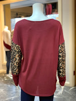 Load image into Gallery viewer, Solid Boat Neck Leopard Top - Wine (Back)