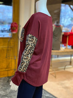 Load image into Gallery viewer, Solid Boat Neck Leopard Top - Wine (Side)