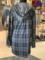 Load image into Gallery viewer, Bonfire Plaid Jacket - Women (Navy BACK)