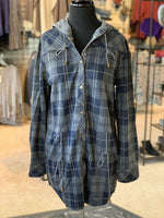 Load image into Gallery viewer, Bonfire Plaid Jacket - Women (Navy FRONT)