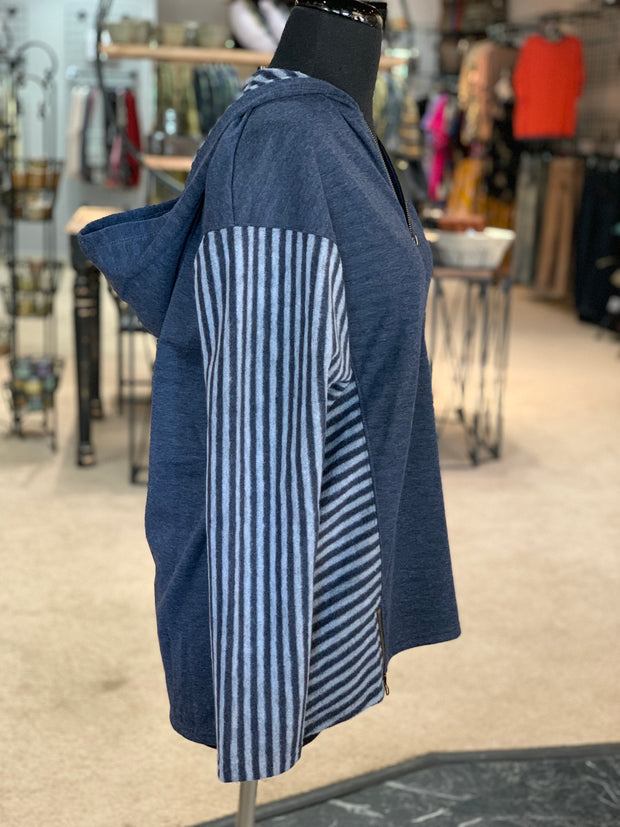 SN Lakeside Hooded Top - Navy (Side)