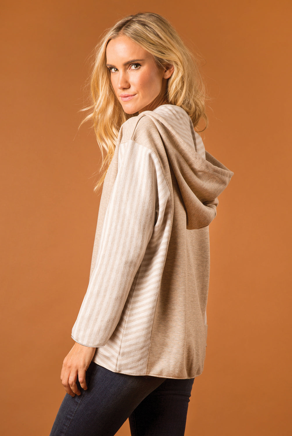 Lakeside Hooded Top - Women (Pearl SIDE)