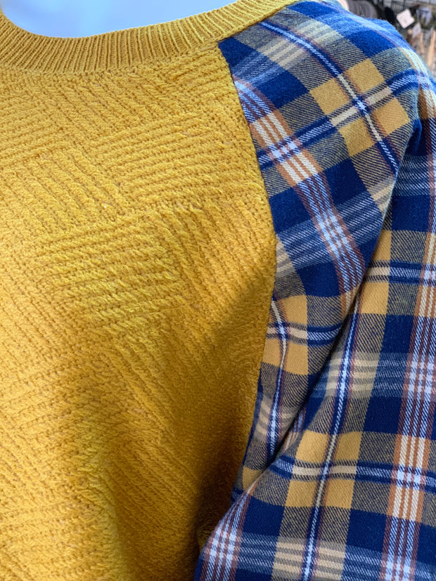 UMG Plaid Diamond Knit Sweater (Closeup)