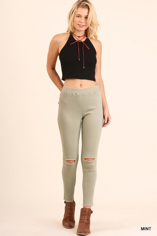 High Waist Knee-Cut Jeggings - Model (Outfit)